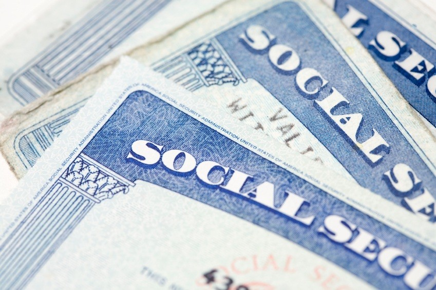 social-security-cards_8528136