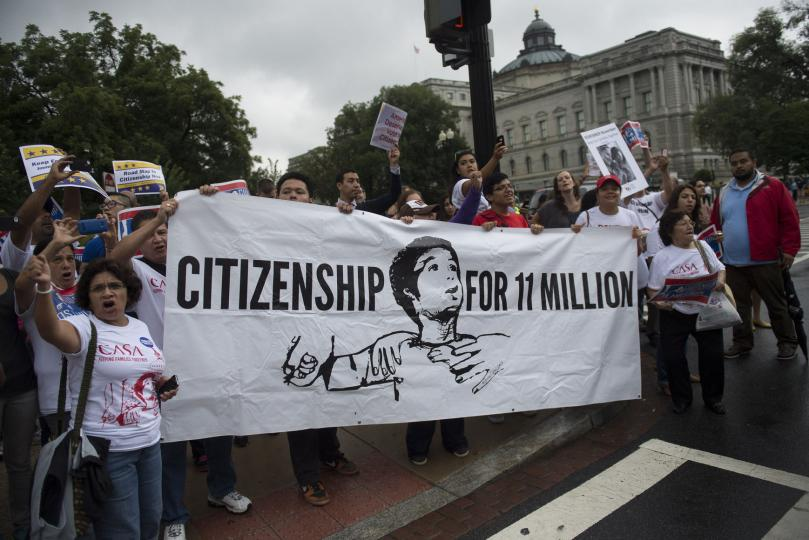 Poll-Americans-still-favor-immigration-reform-path-to-citizenship