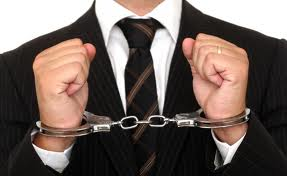 difference between white collar crime and blue collar crime